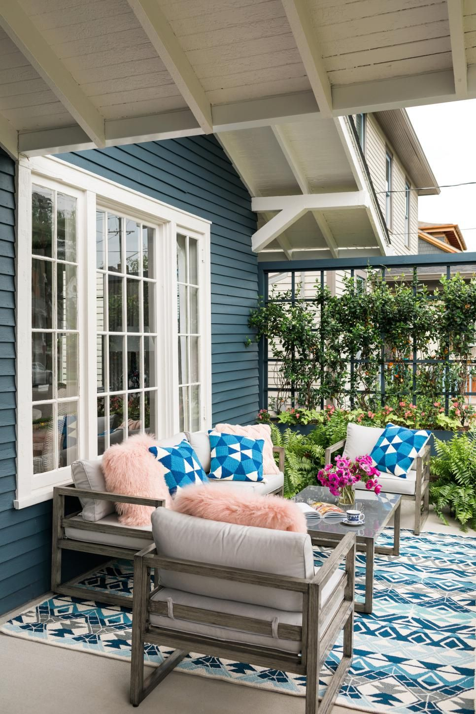 Tour the Outside of HGTV Urban Oasis 2017 | Hgtv dream ... on Urban Living Outdoor id=68671