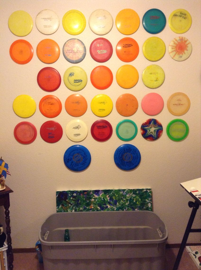 Disc Golf Wall All You Need Are Thumbtacks And Decent Estimation Skills Disc Golf Ultimate Frisbee Disc