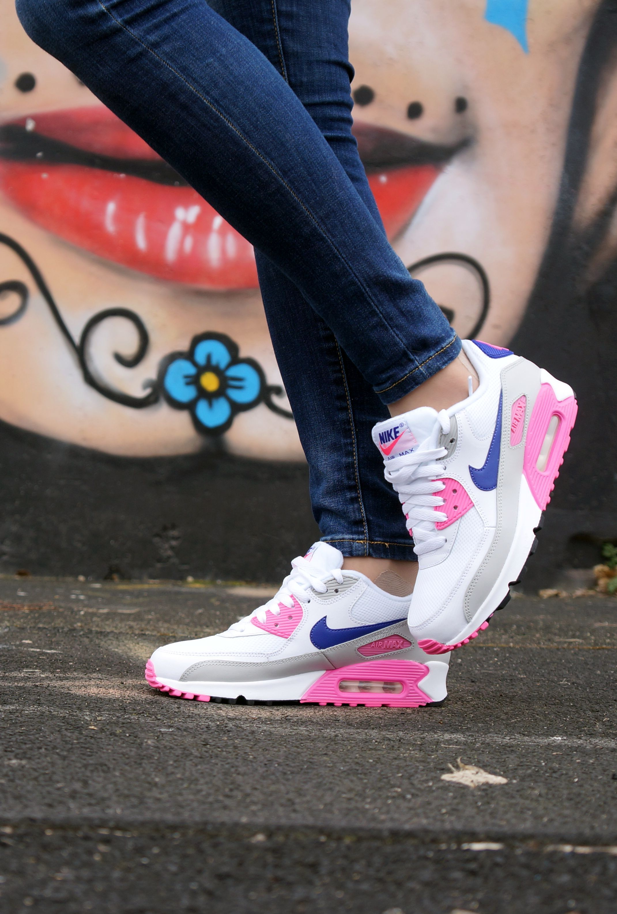 90S Air Max Girls