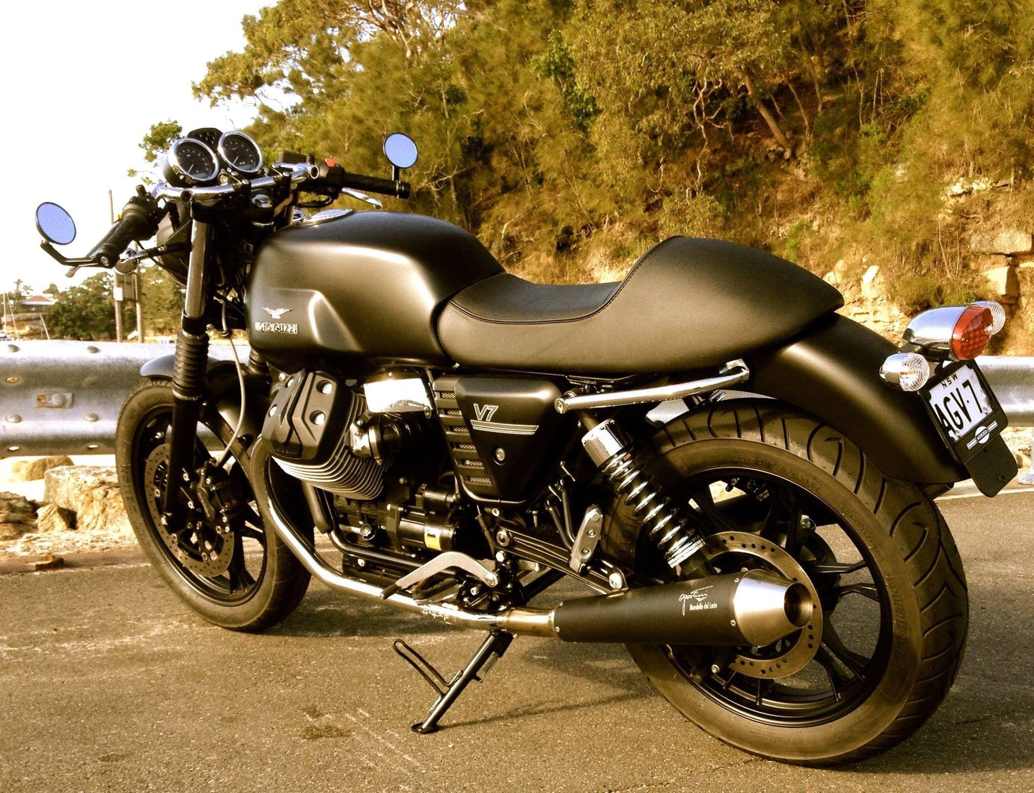 moto guzzi v7 stone cafe racer moto guzzi v7 moto. Black Bedroom Furniture Sets. Home Design Ideas