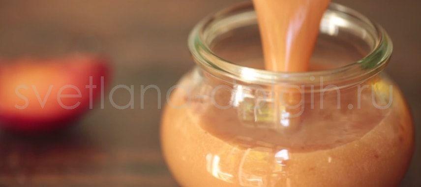 Вечерний смузи из дыни, сливы и апельсинового сока спасет ...