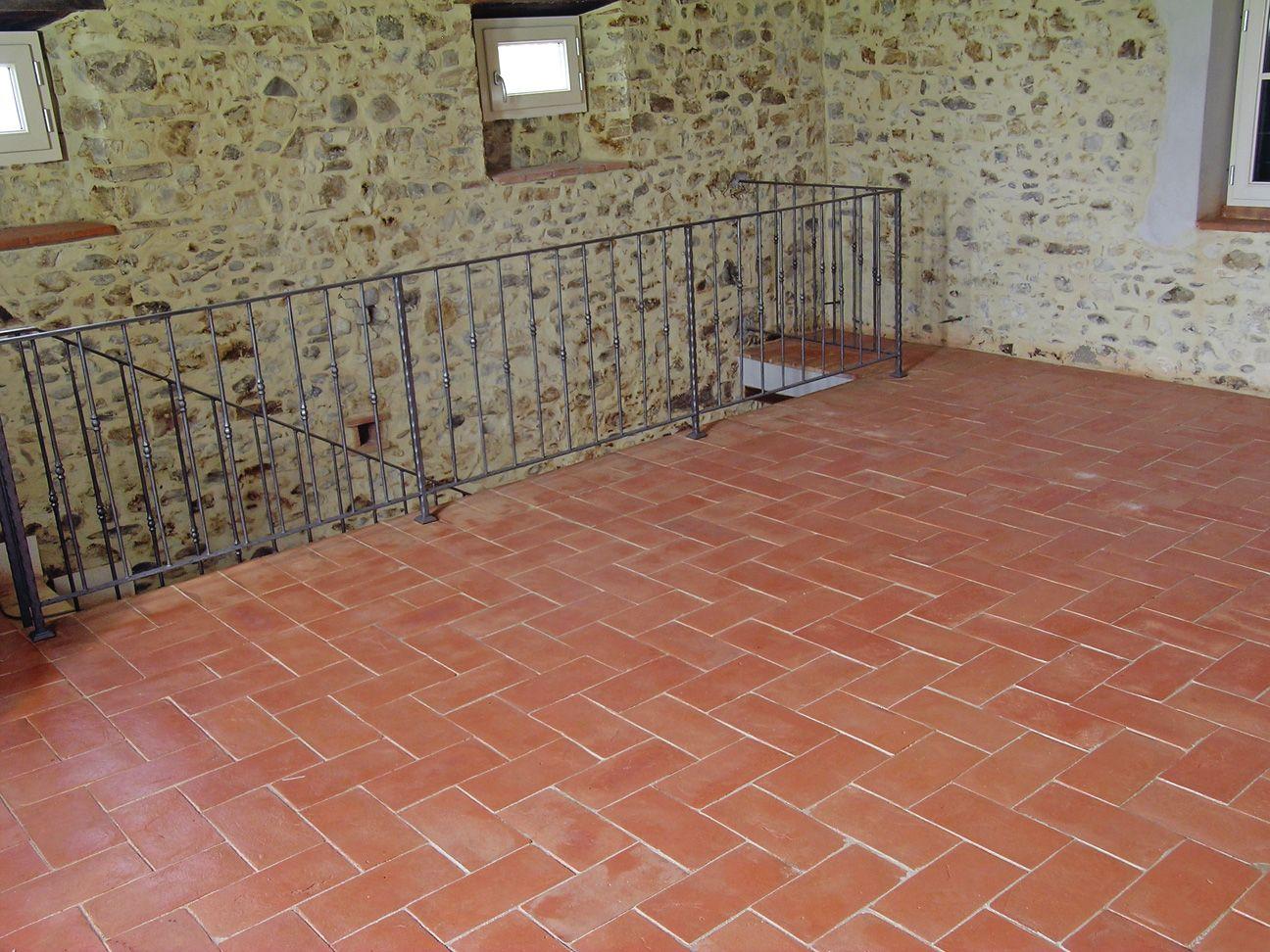 Pin By Lillian Huntington On Pis Terra Floor Design Terracotta Floor Tile Floor