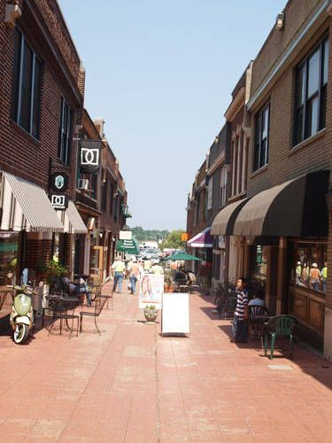 Latta Arcade Is Located In The Trendy Uptown Region Of Charlotte An Enchanting Old World Charm Characteristic This Ping Center