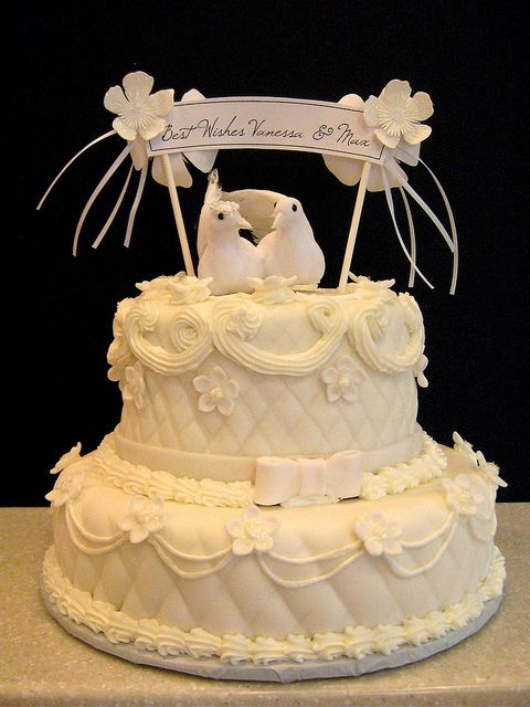 traditional bridal shower cake by artisancakecompany via flickr bridal shower cakes no bake cake