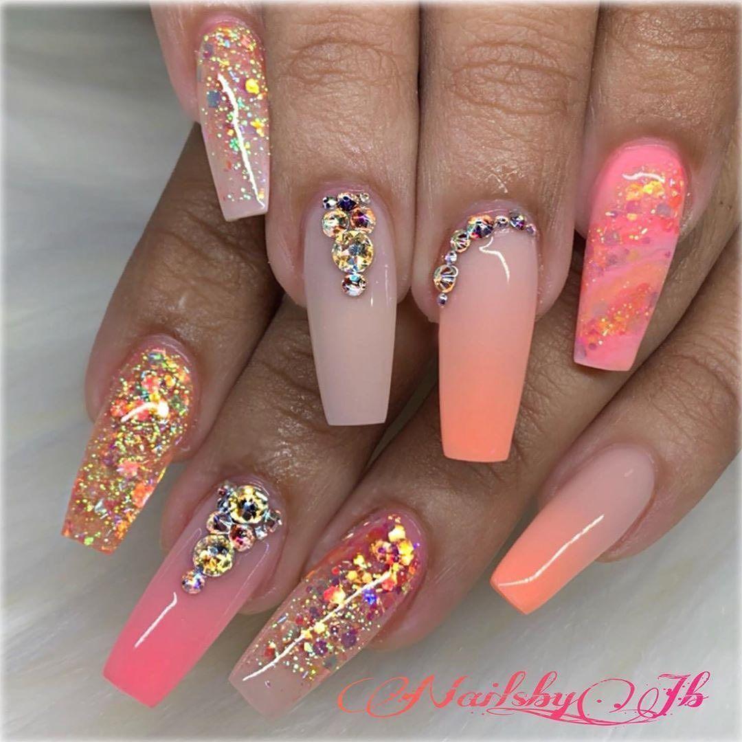 Swarovski Crystal Nails 💅🏻💫 's Instagram photo