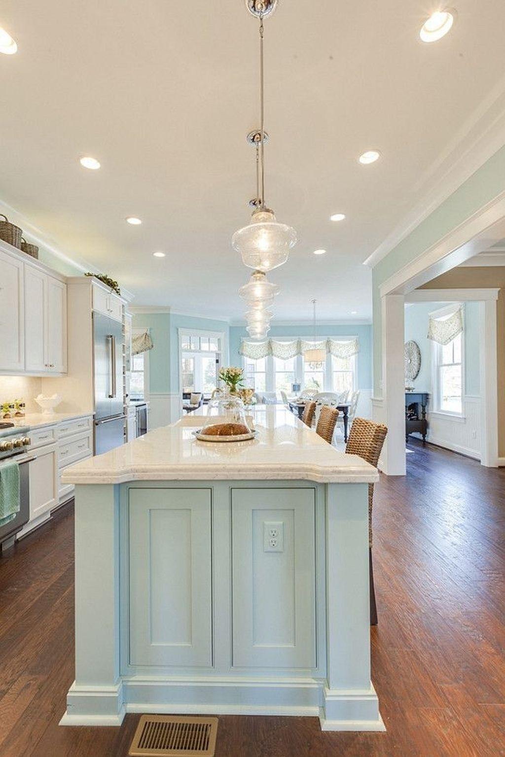 Elegant Home That Abounds With Beach House Decor Ideas: 20+ Elegant Beach Coastal Style Kitchen Decor Ideas