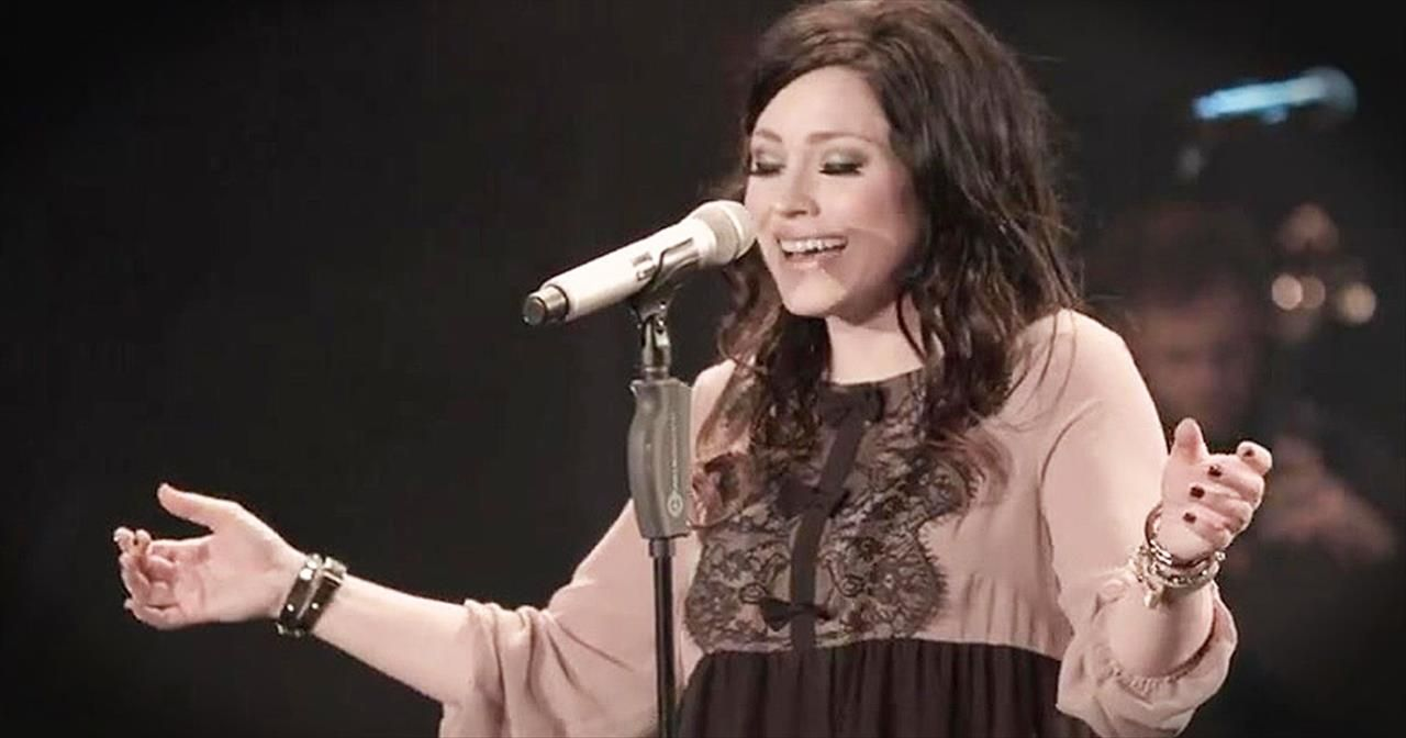 You can feel the Lord in every line of this Kari Jobe song. \'Look ...