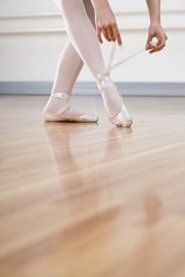 How To Cheaply Make A Portable Dance Floor Dance Pinterest - Irish dance floor for home