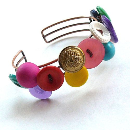 awesome handmade button bracelet made by Meg from buttonsoupjewelry