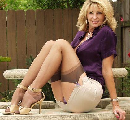 Sexy Older Women Stocking Tops Lingerie Stockings