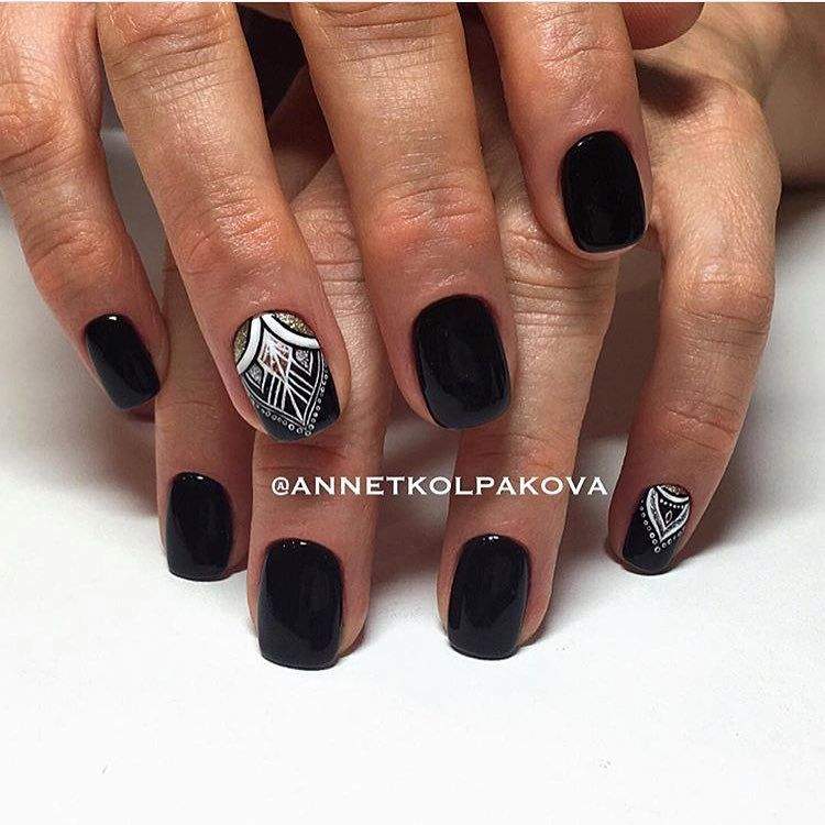 Short black nails fashion 25