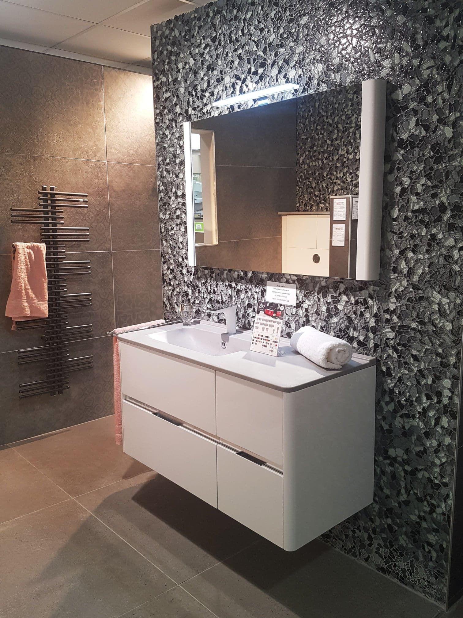 Showroom Perpignan Sud 3670 Avenue Julien Panchot Meuble Salle De Bain Mobilier De Salon Meuble