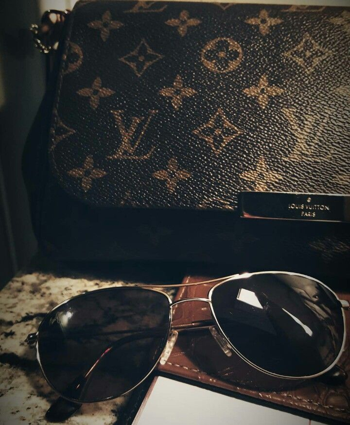 11d0246a4a Visit Tradesy.com has some of my LV handbags.