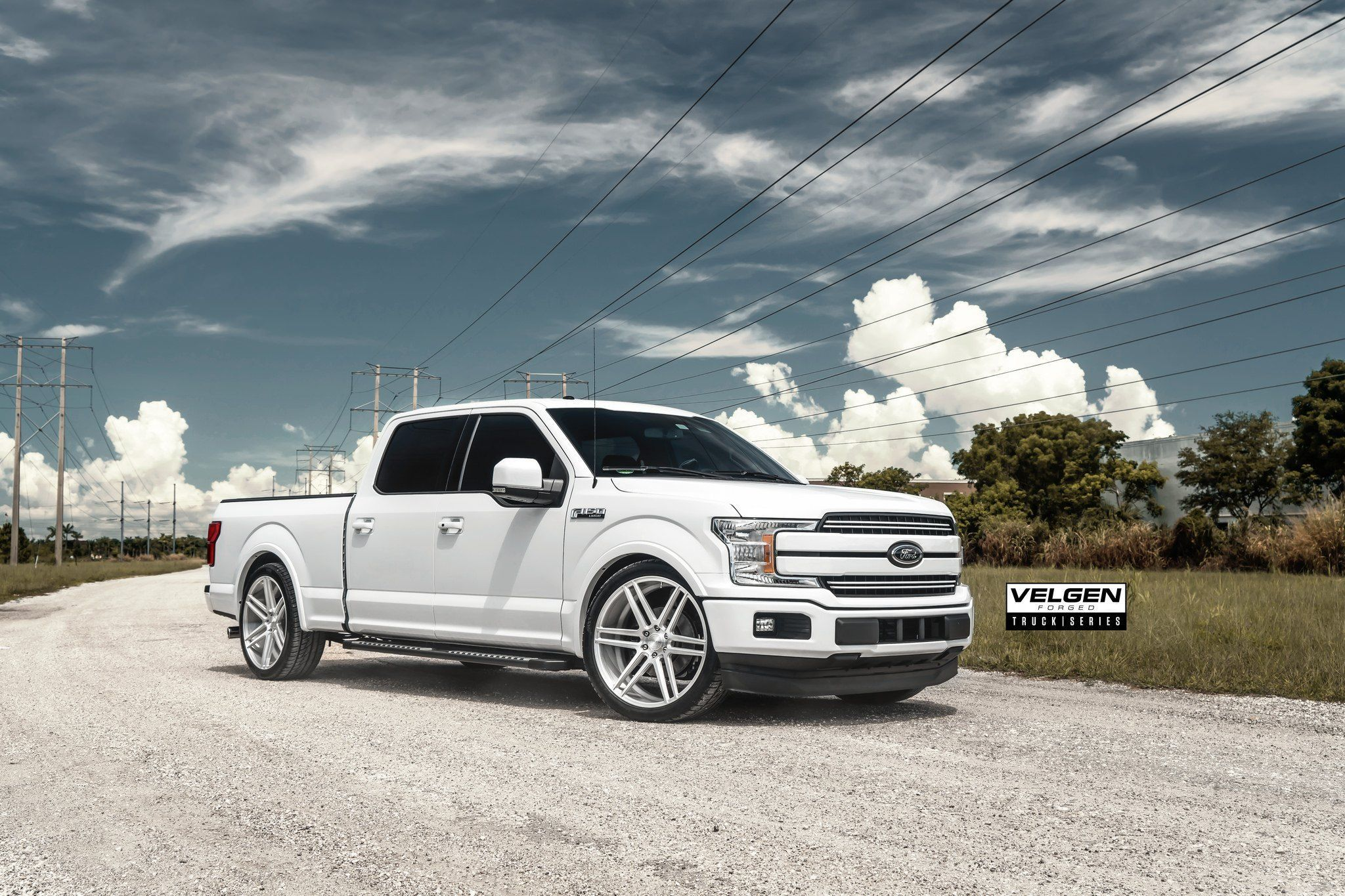 Outstanding Contrast Detected White F 150 With Custom Black Exterior Accents Ford Trucks F150 Ford F150 Ford F150 Custom