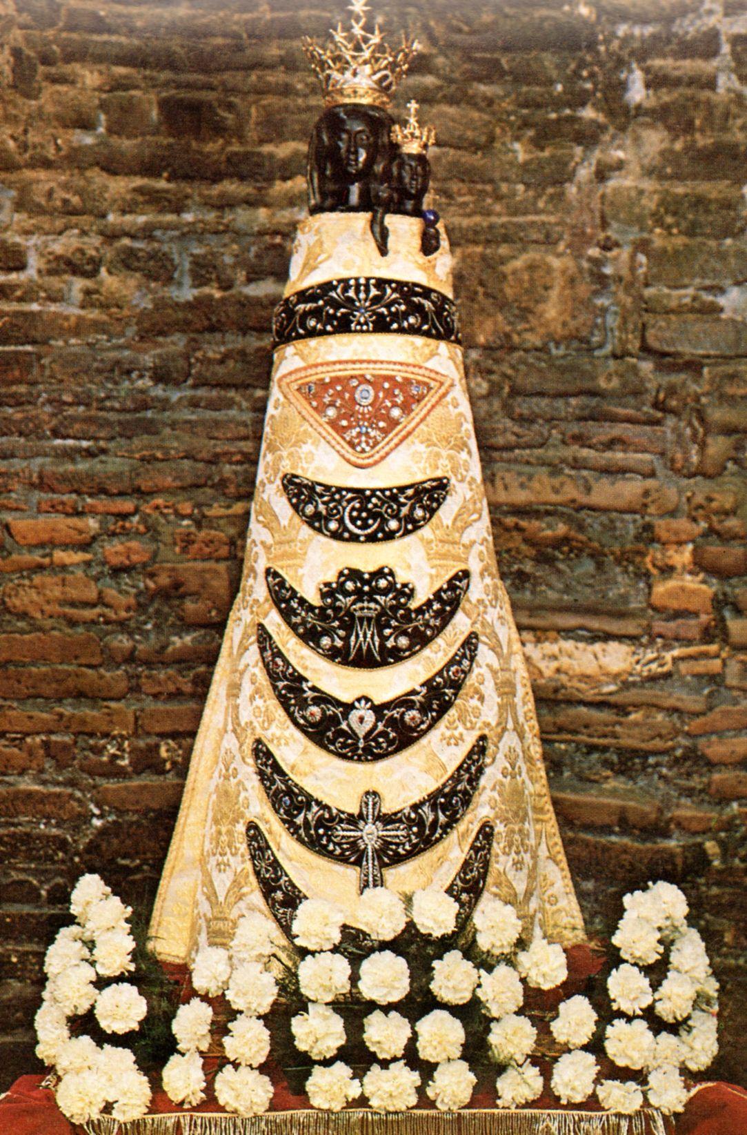 Pin Di Tata Colon Su Maria Santisima Immagini Religiose Cristiani Immagini