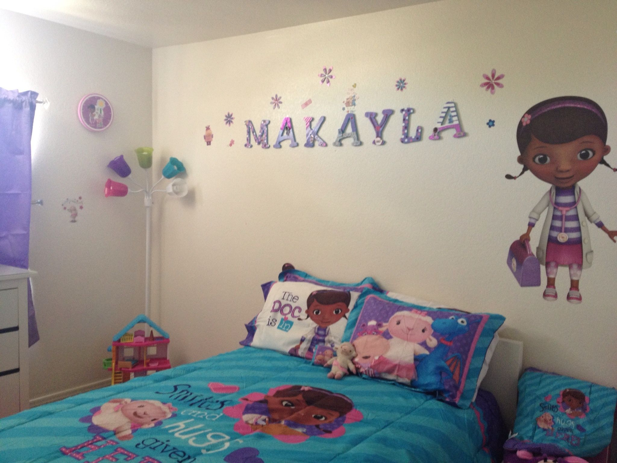 Design Doc Mcstuffins Bedroom
