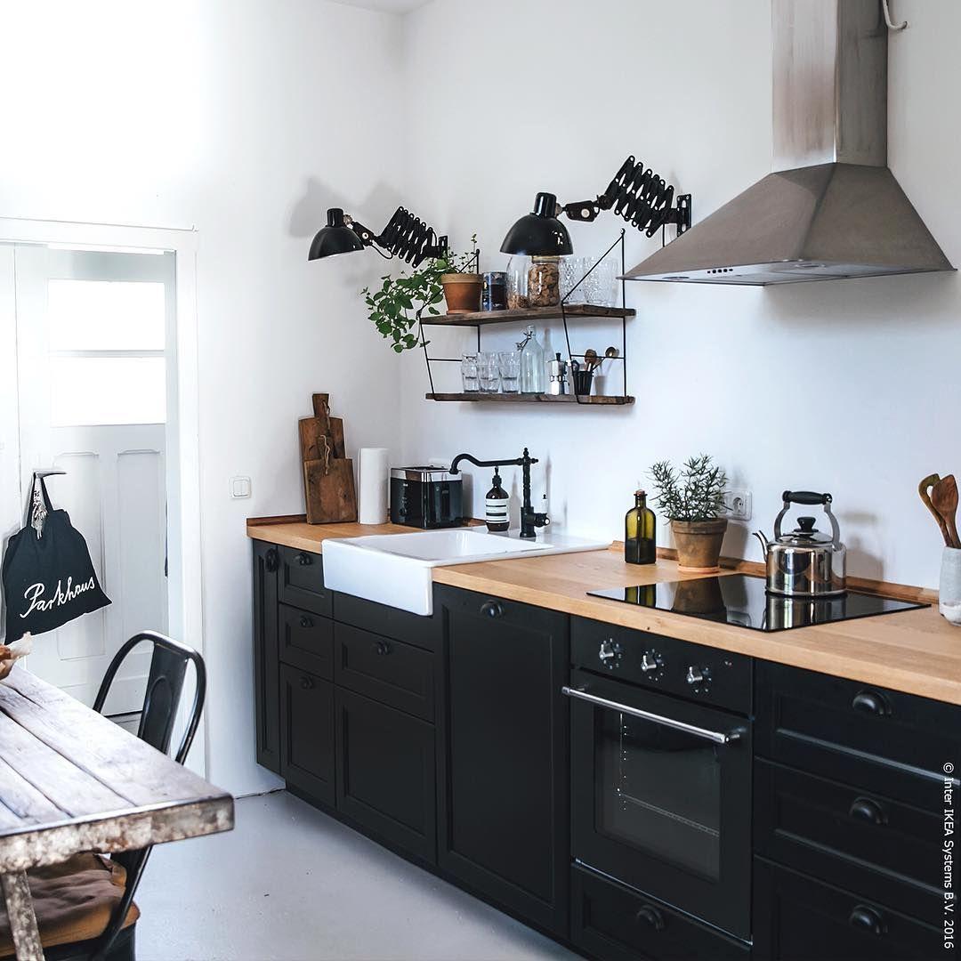 Pin Von Olalla Carrillo Auf Sukaldeak In 2020 Umbau Kleiner Kuche Kleine Kuchenzeile Und Kuchenrenovierung