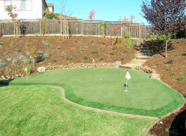 Artificial Backyard Putting Green 17 best images about putting greens at home on pinterest