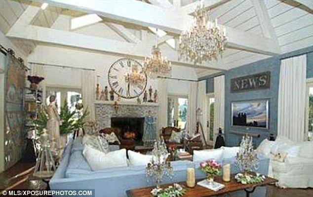 Superb Cape Cod Style Home Decor U2013 House Design Ideas