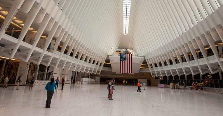 Interior del Oculus el intercambiador de transportes diseñado por Calatrava en #nuevayork