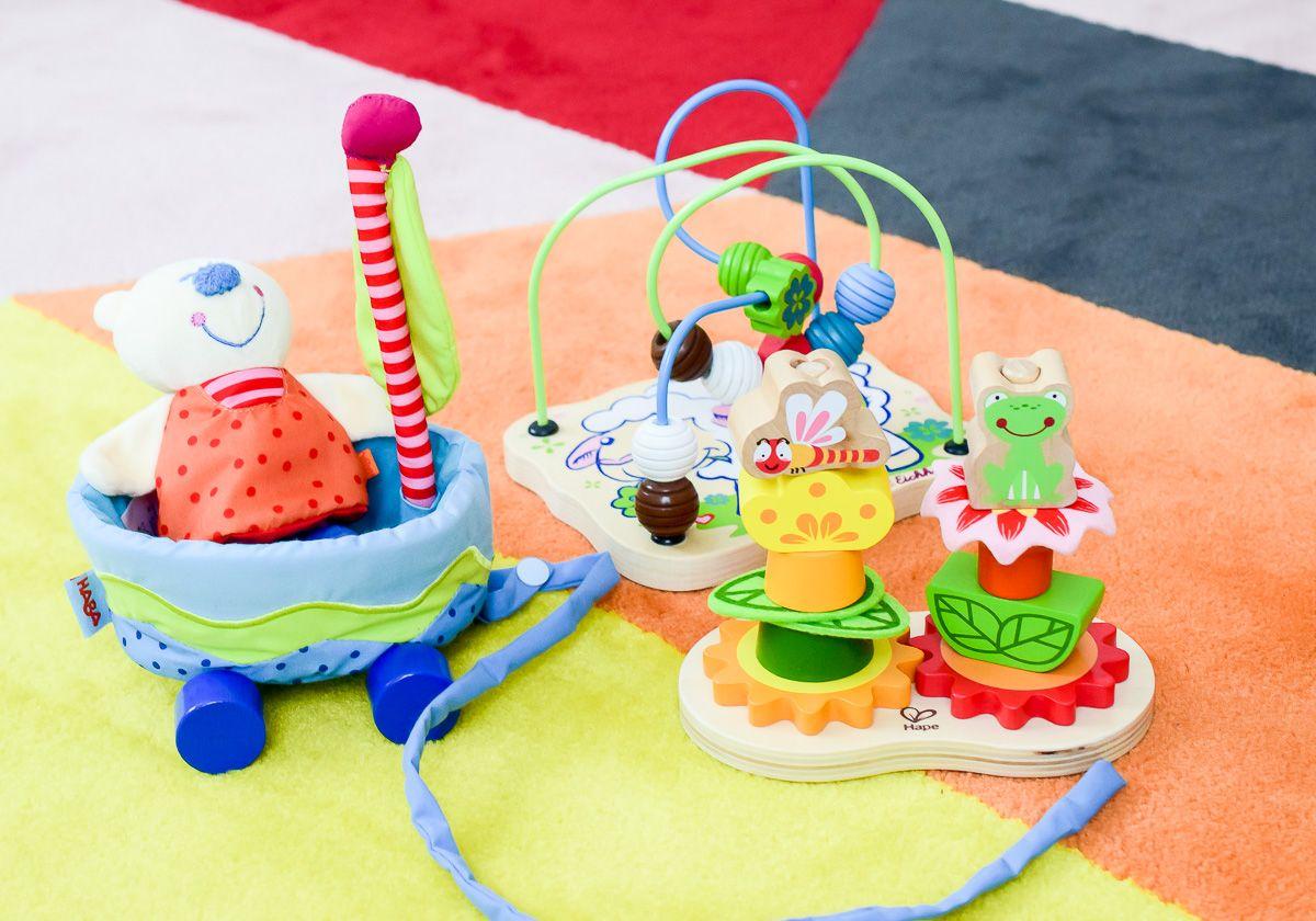 Sinnvolles Spielzeug Ab 1 Jahr Motorikschleife Stapelspiel Aus Holz Spielzeug Ab 1 Jahr Spielzeug Fur Baby Spielzeug 1 Jahr