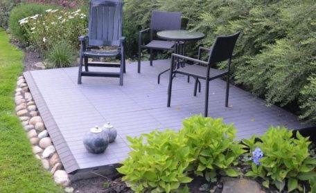 kleine terrasse im garten mit expo dekor terrassenplatten in hellgrau gartenideen pinterest. Black Bedroom Furniture Sets. Home Design Ideas