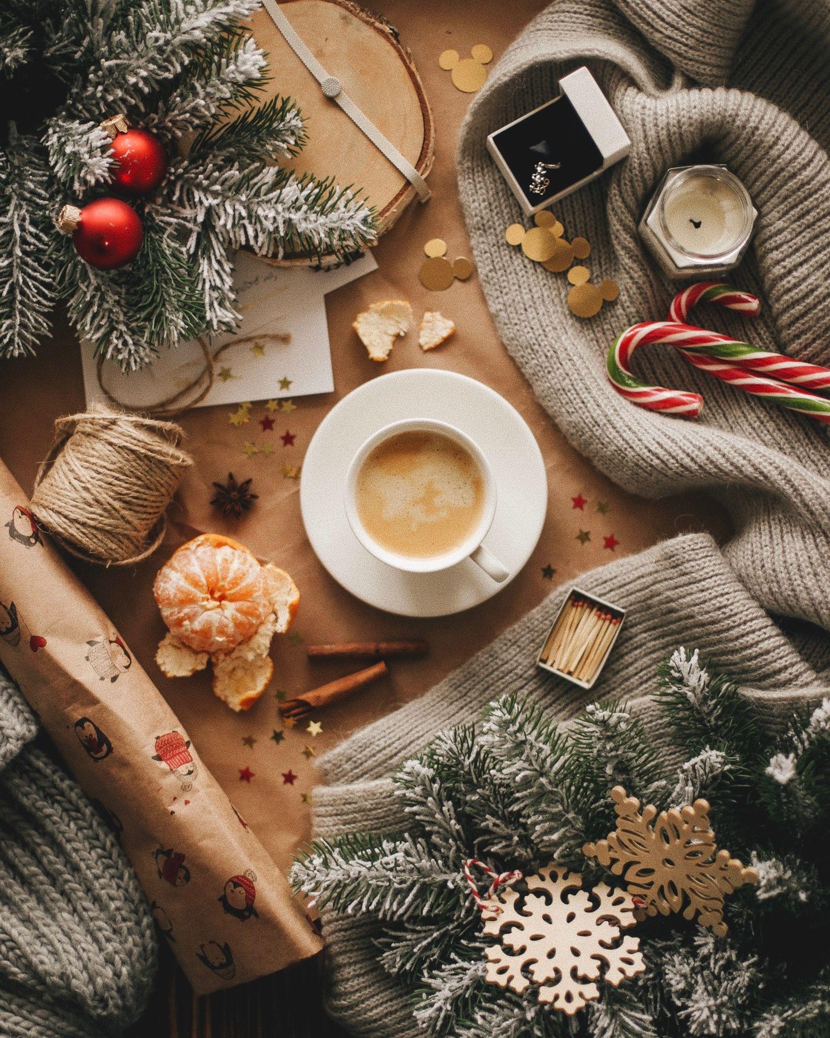 Pin By Jada On Wallpapers Lockscreens Christmas Mood