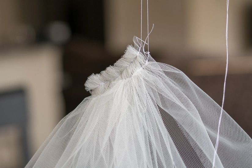 How To Make A Bridal Veil // Simple DIY Bridal Veil
