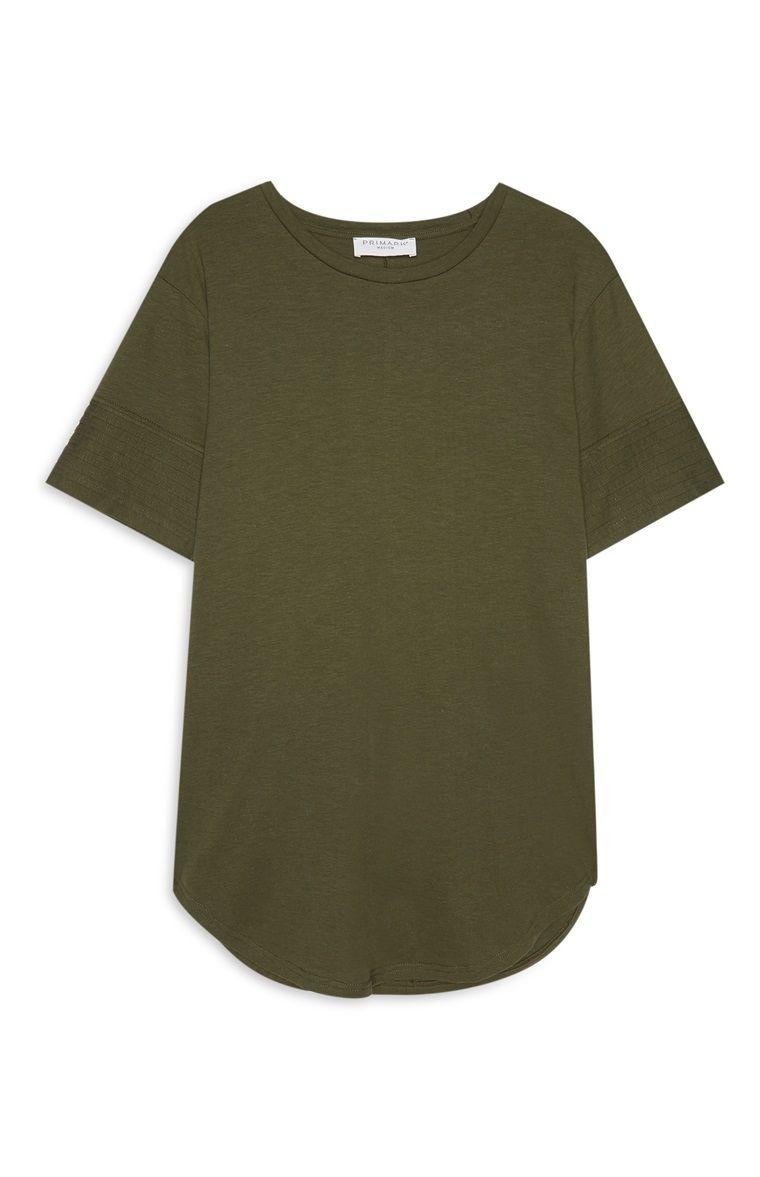 Primark - Khakifarbenes, langes T-Shirt   primark   Shirts, Mens ... ed25eaa90c