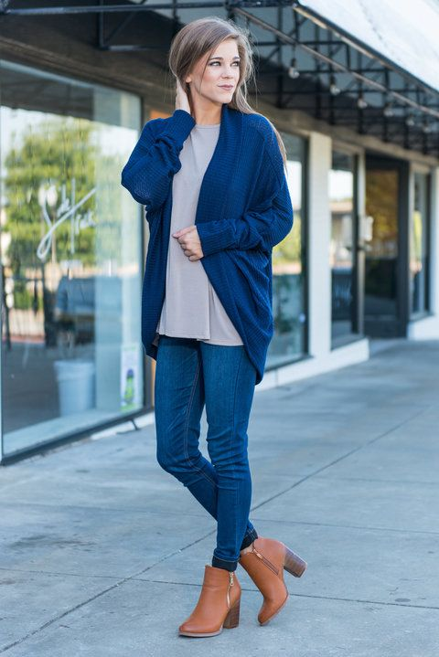 """""""Tell Me About It Cardigan, Navy"""" We will tell you all about this chic little cardi! The rich navy is gorgeous and the fabric is amazingly soft! #newarrivals #shopthemint"""