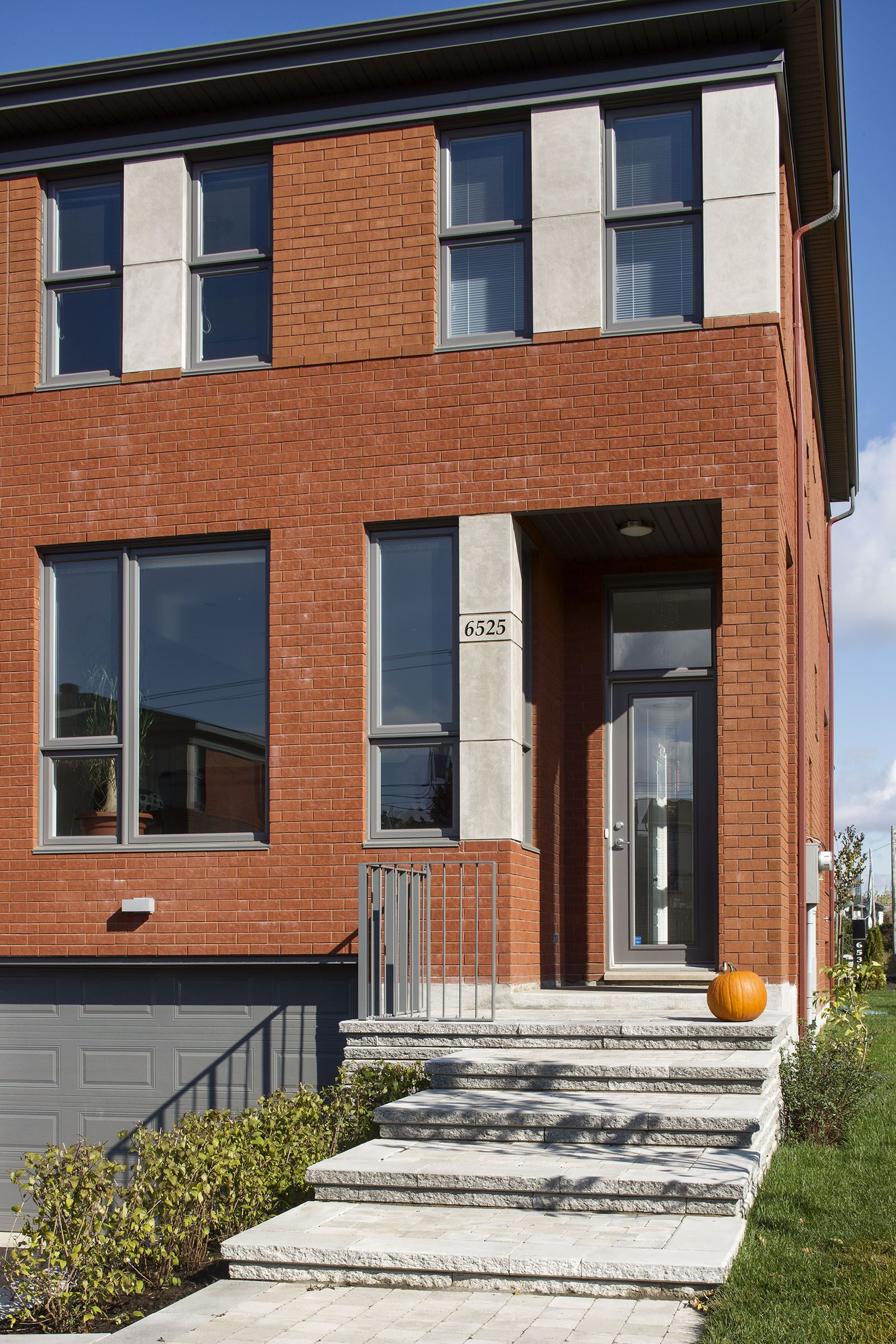 Maison jumelée rue eugène achard habitations laurendeau
