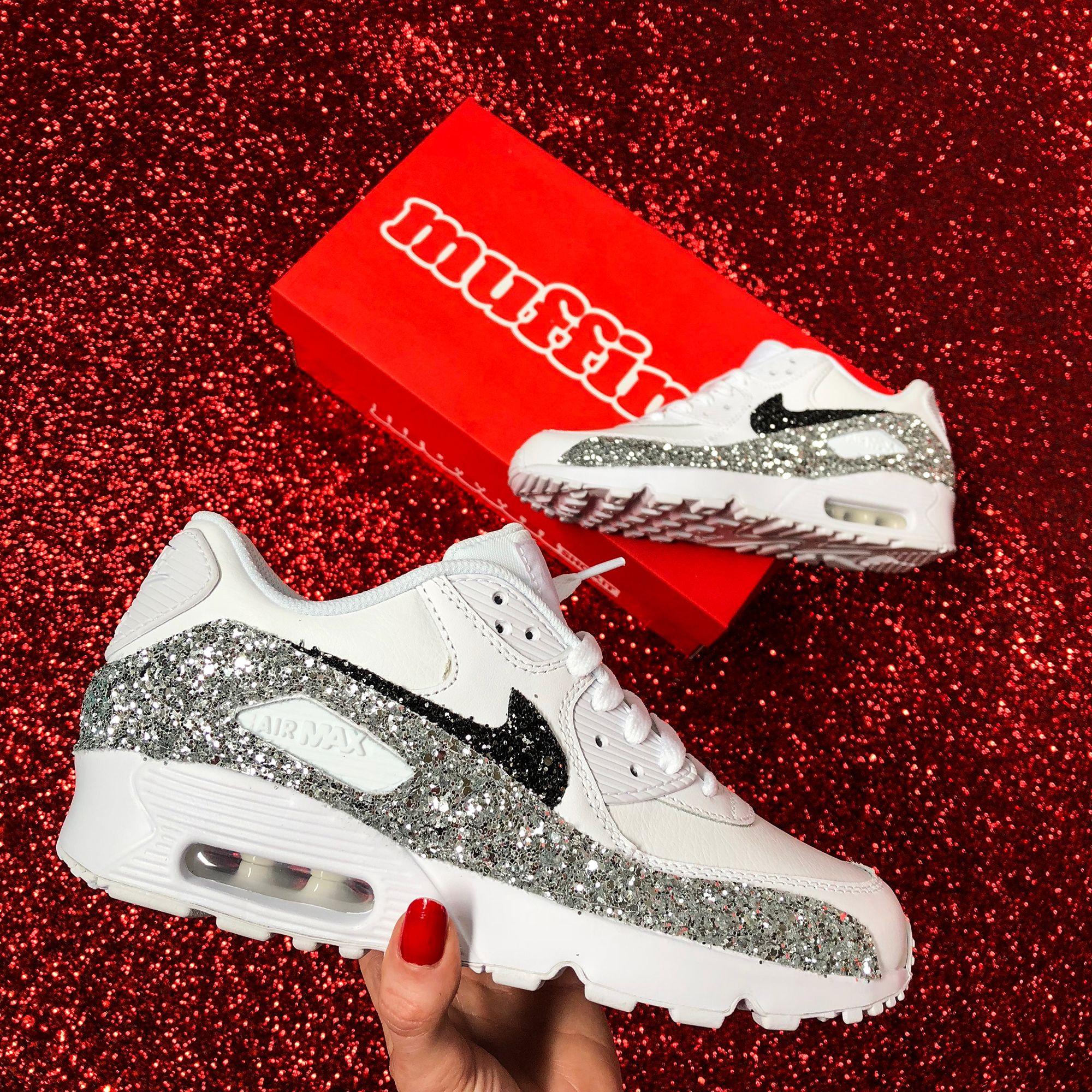 Paradox Siesta twenty  Nike Air Max Custom by Muffin #muffinshop #customsneakers | Nike air max,  Nike, Custom shoes