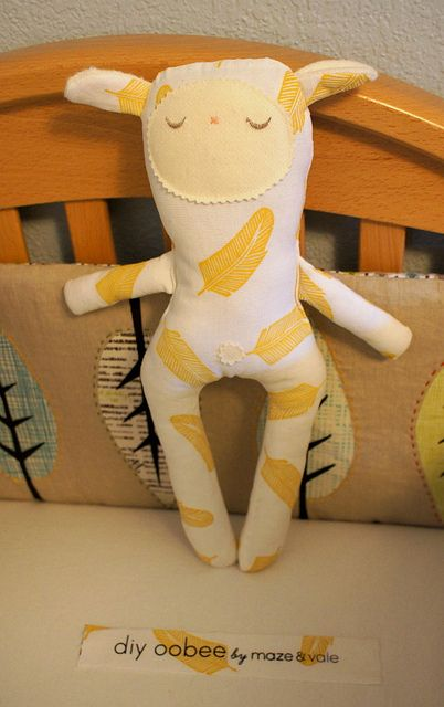 the finished oobee by Spotted Stone Studio {Krista}, made with a maze & vale diy oobee kit