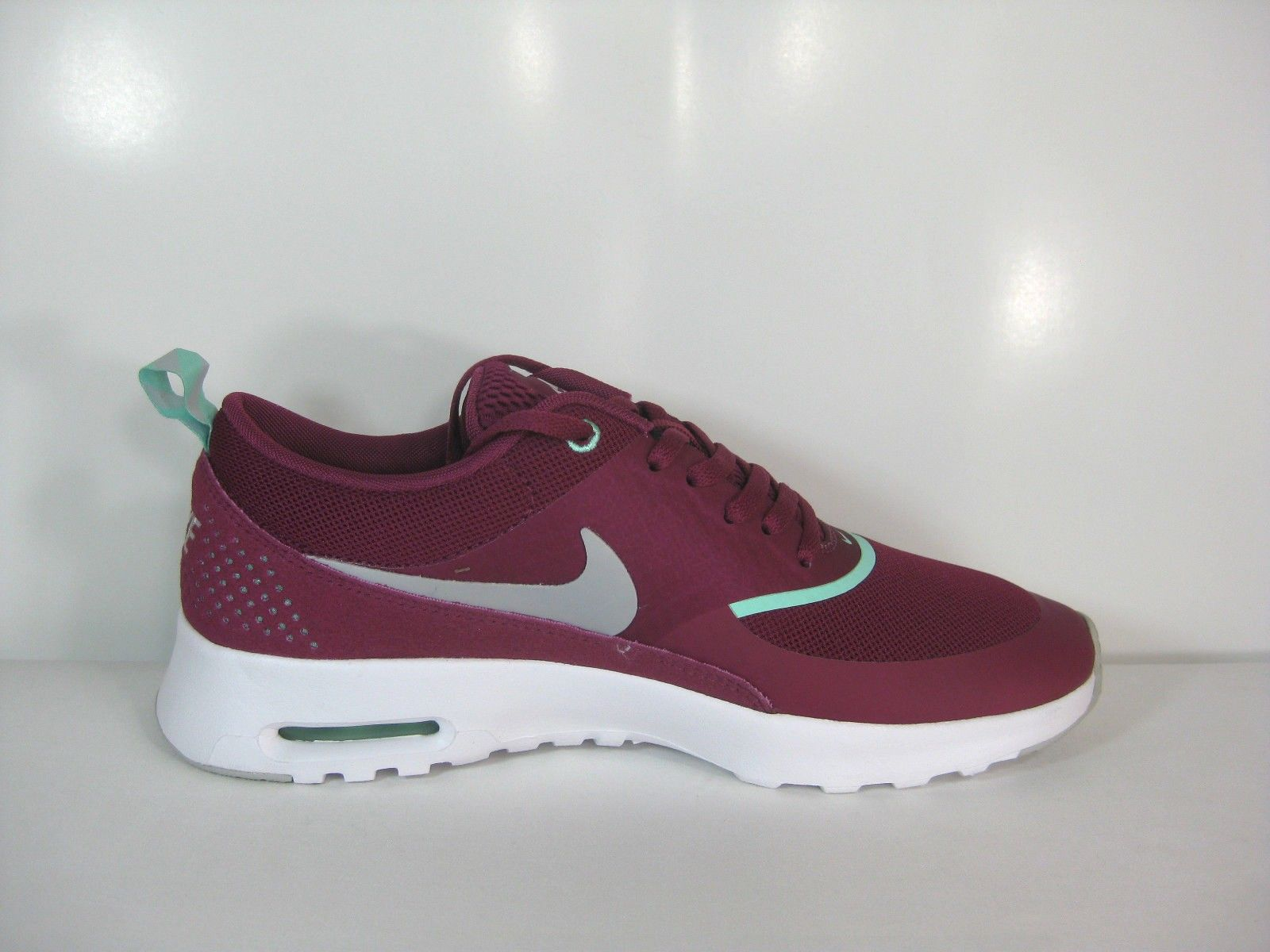Nike Air Max Thea Womens 599409 609 Vivid Pink White Running