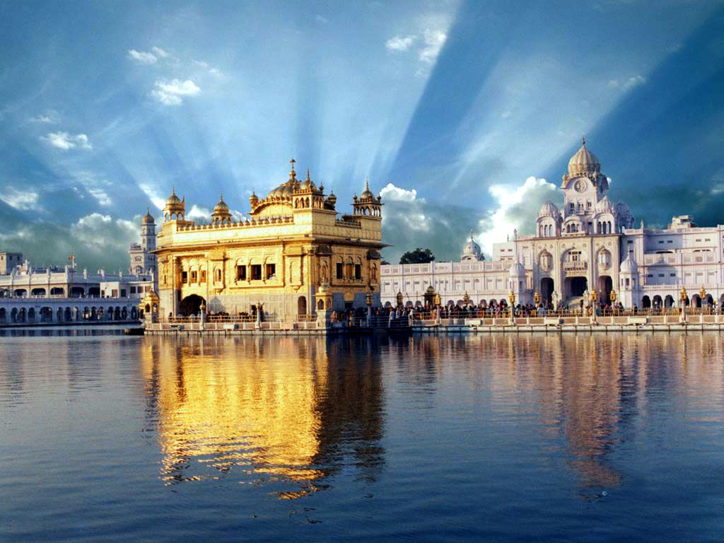 Situated in amritsar in the northern state of punjab the darbar situated in amritsar in the northern state of punjab the darbar sahib or the golden buycottarizona Gallery