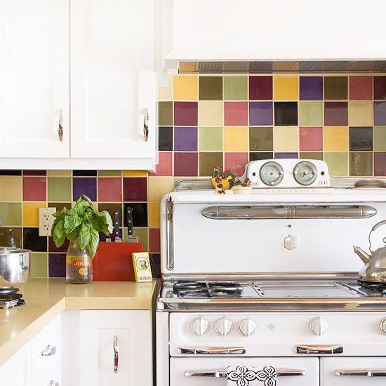 Colorful kitchen backsplash ideas mauve for Mauve kitchen walls