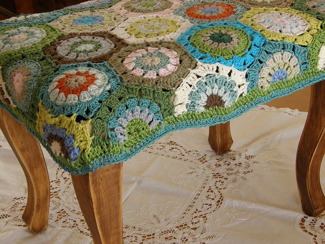 hexagon stool cover - love the colors
