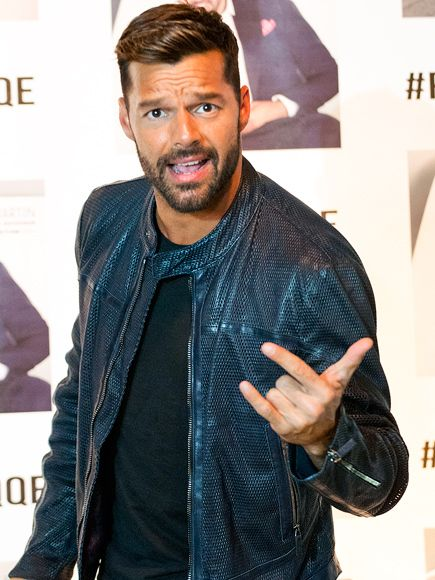 Star tracks tuesday february 17 2015 ricky martin star track star tracks tuesday february 17 2015 love affair ricky martin gears up to meet his fans on monday at an event promoting his new album a quien quiera m4hsunfo