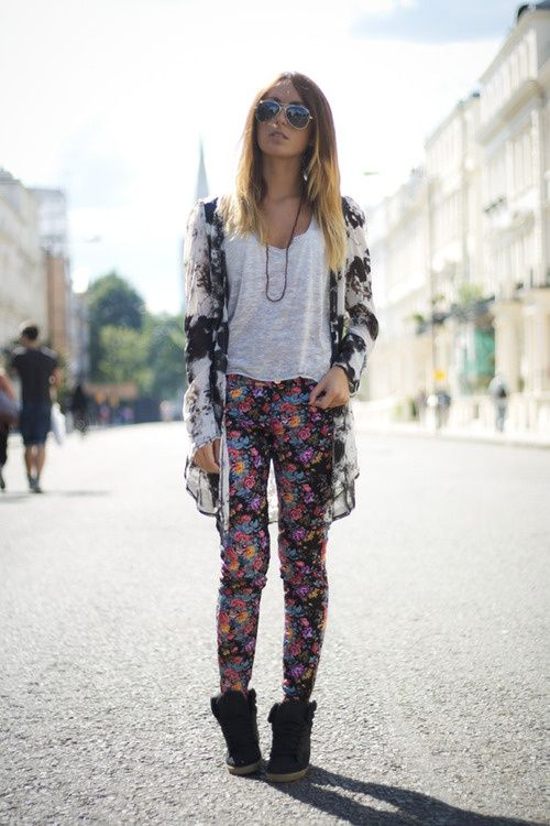 Mixing prints - black and white floral sweater with floral pants