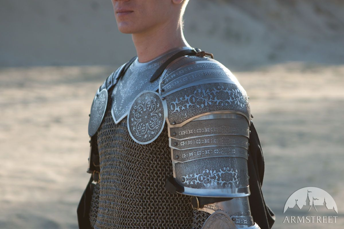 Etched spaulders and gorget armor