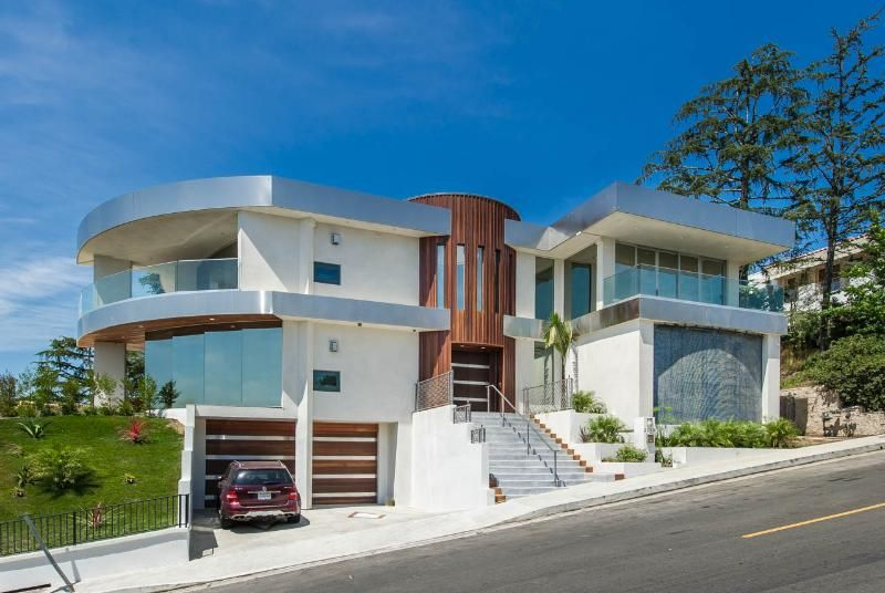 Hollywood Hills Modern Masterpiece Amazing Views In Los Angeles