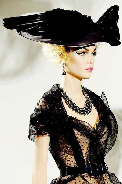 jadoregalliano:    John Galliano for Christian Dior Haute Couture