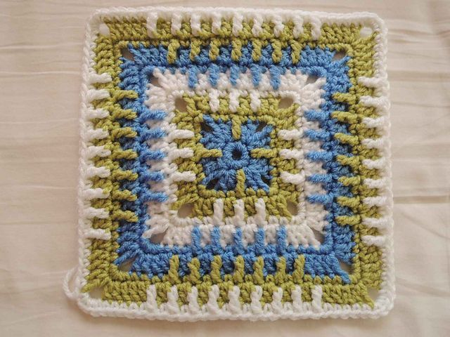 Trip Around the World Granny pattern by Susan Lowman #aroundtheworldtrips
