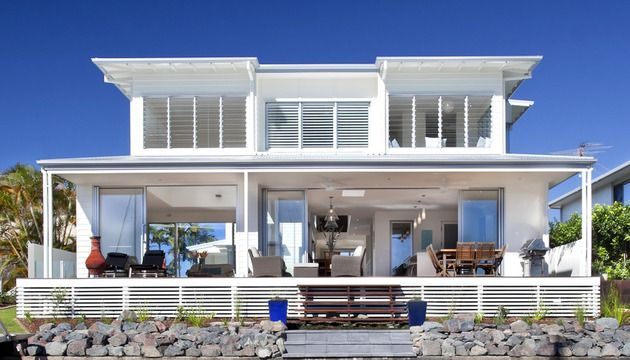 Airy Beachfront Home With Contemporary Casual Style Beach