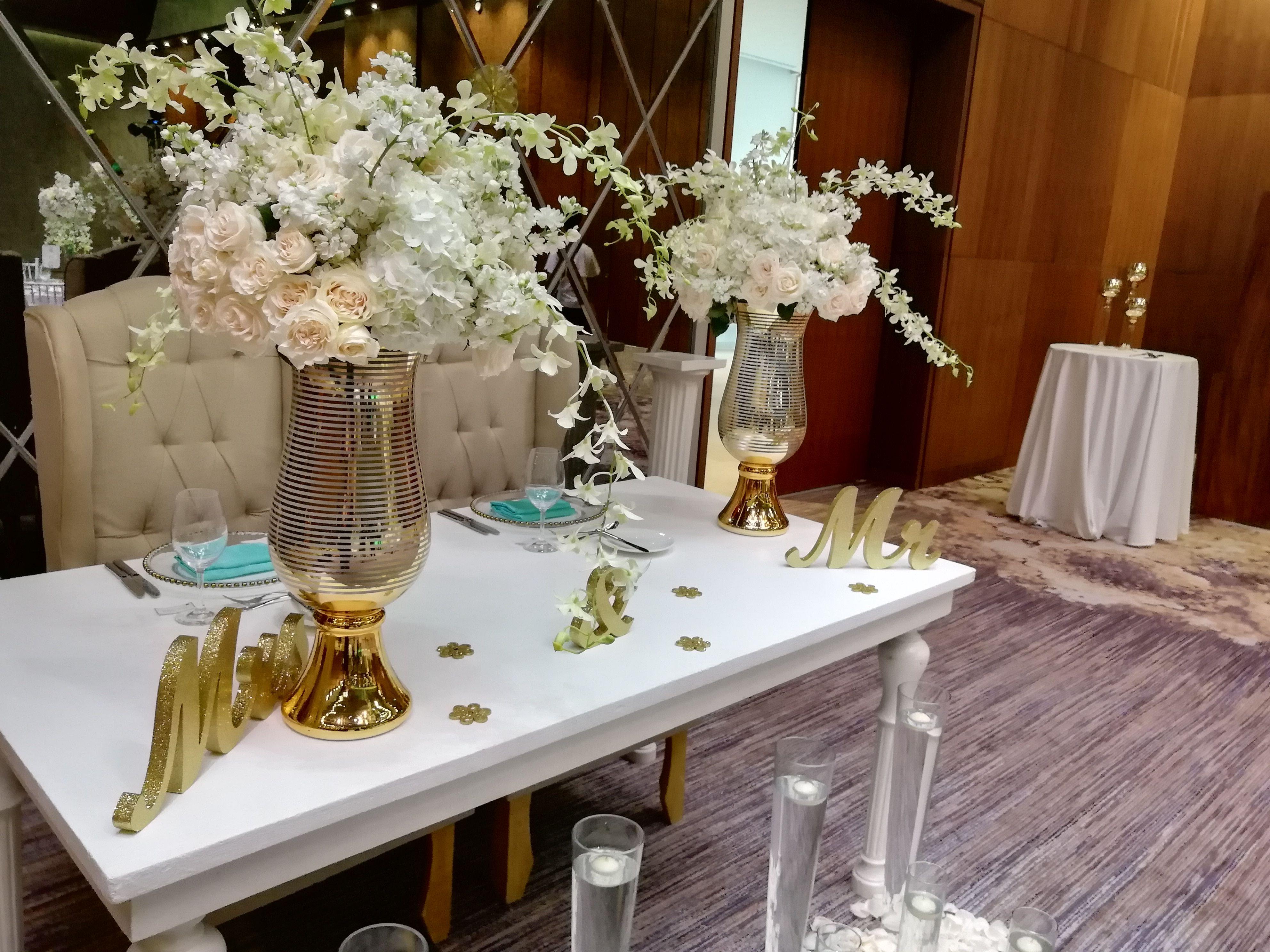 Sweetheart Table Arrangements Sweetheart Table Flowers