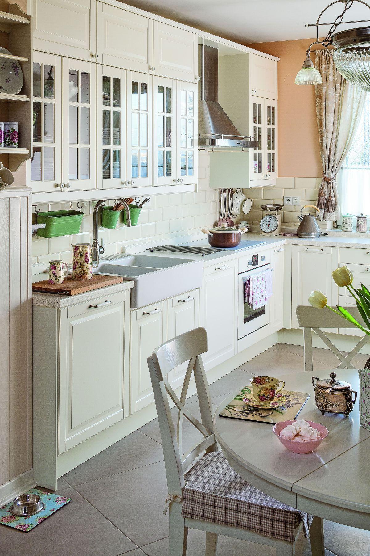 Kuchnia W Stylu Angielskim Kuchnia Ikea W Prawdziwym Wnetrzu Country Kitchen Home Home Decor