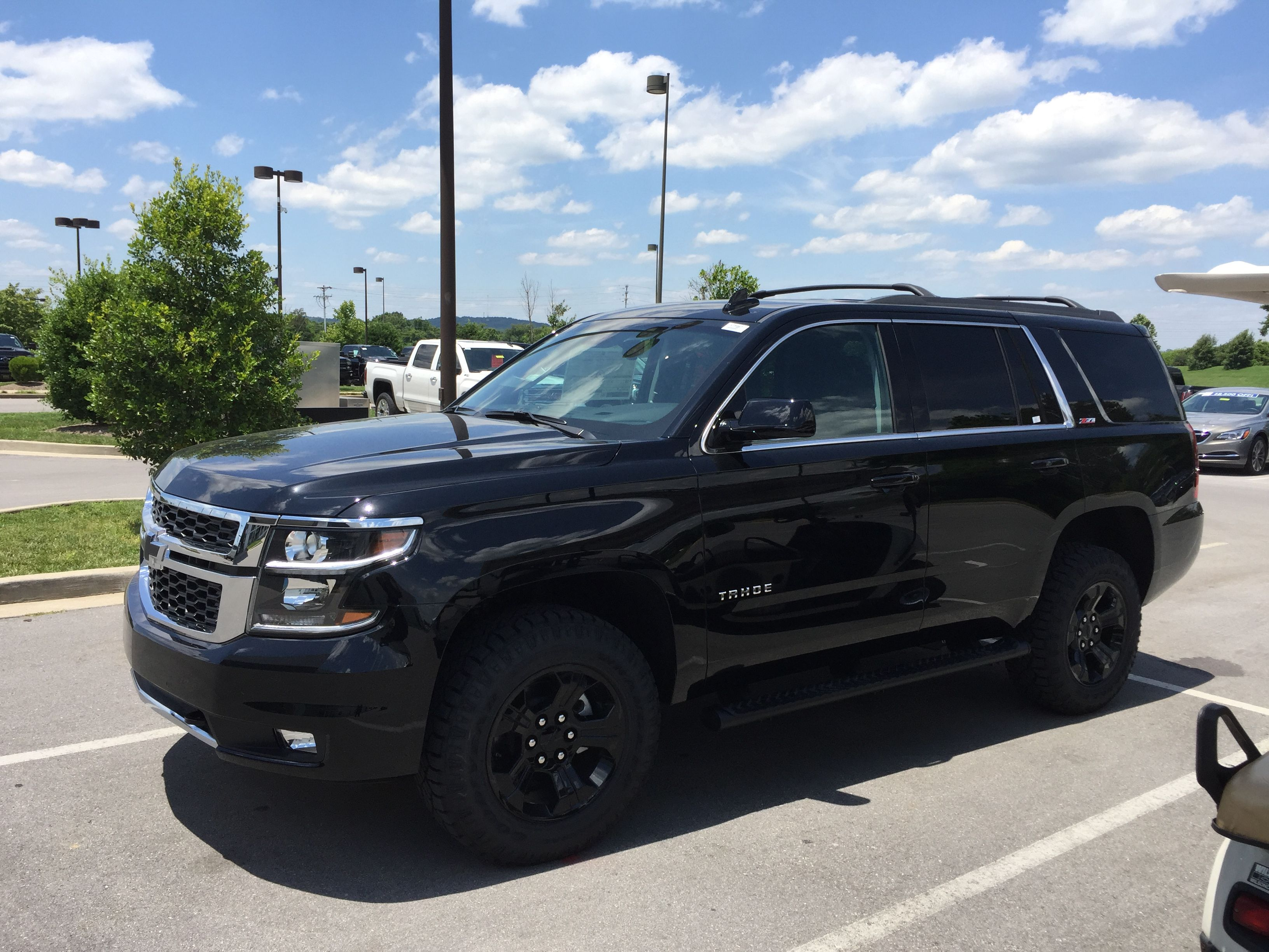 Chevy Tahoe 2017 Z71 Midnight Edition Chevy Tahoe Chevrolet Tahoe Chevy Tahoe Z71