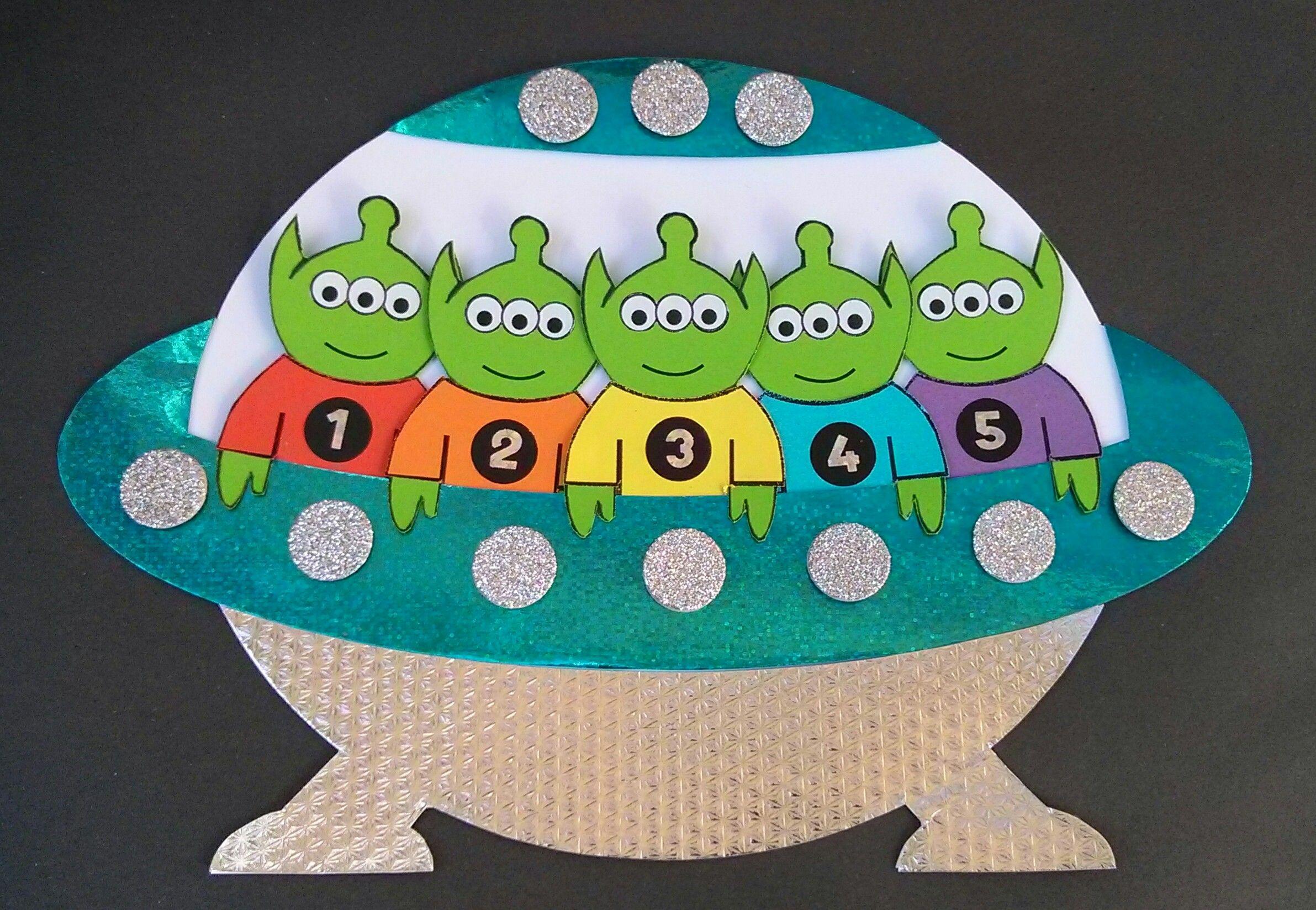 5 Little Men In A Flying Saucer