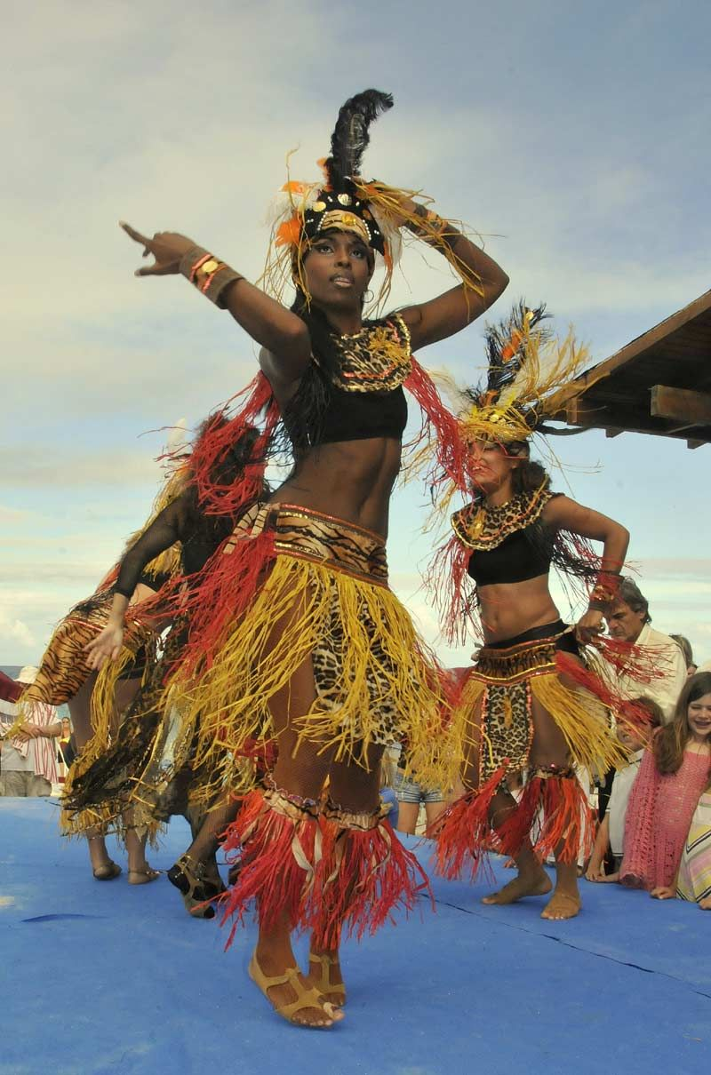 african caribbean dance Afro fusion dance class: tuesdays 6:25pm, wednesdays 7:30pm and   hip hop influences, west african, a little bit of haitian, a little bit of caribbean, or a .