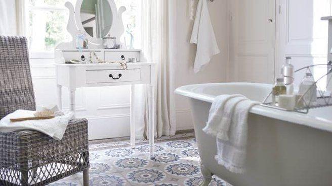 Revetement carreaux de ciment salle de bains salle de bain pinterest ti - Salle de bain carreau de ciment ...